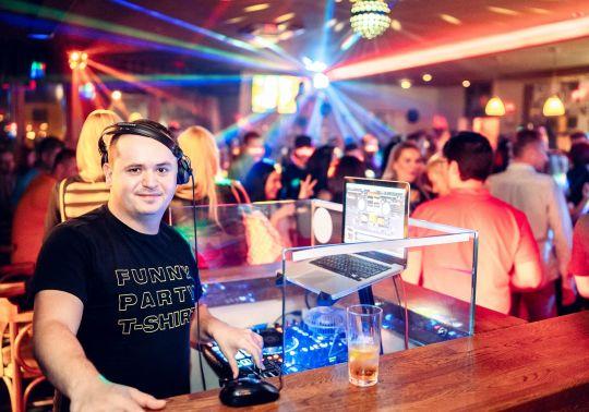 Perfect Saturday s DJ Cuba6